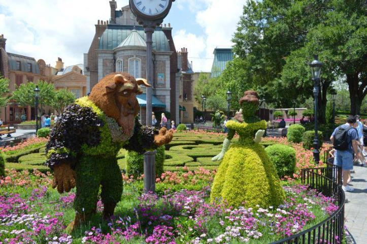 walt disney world, disney world, epcot, epcot flower and garden festival, flower and garden festival, epcot world showcase, epcot flower and garden topiaries,