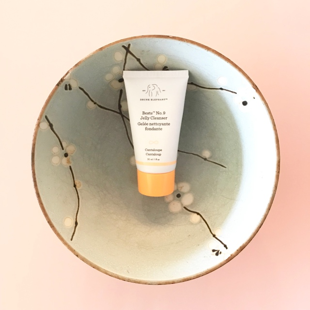 drunk elephant, drunk elephant review, drunk elephant skincare review, mens skincare, anti aging skincare, beauty blog, beauty blogger, beauty vlogger, beauty youtuber, skincare blogger, skincare products reviews, beauty guru, skincare guru, beste jelly cleanser,
