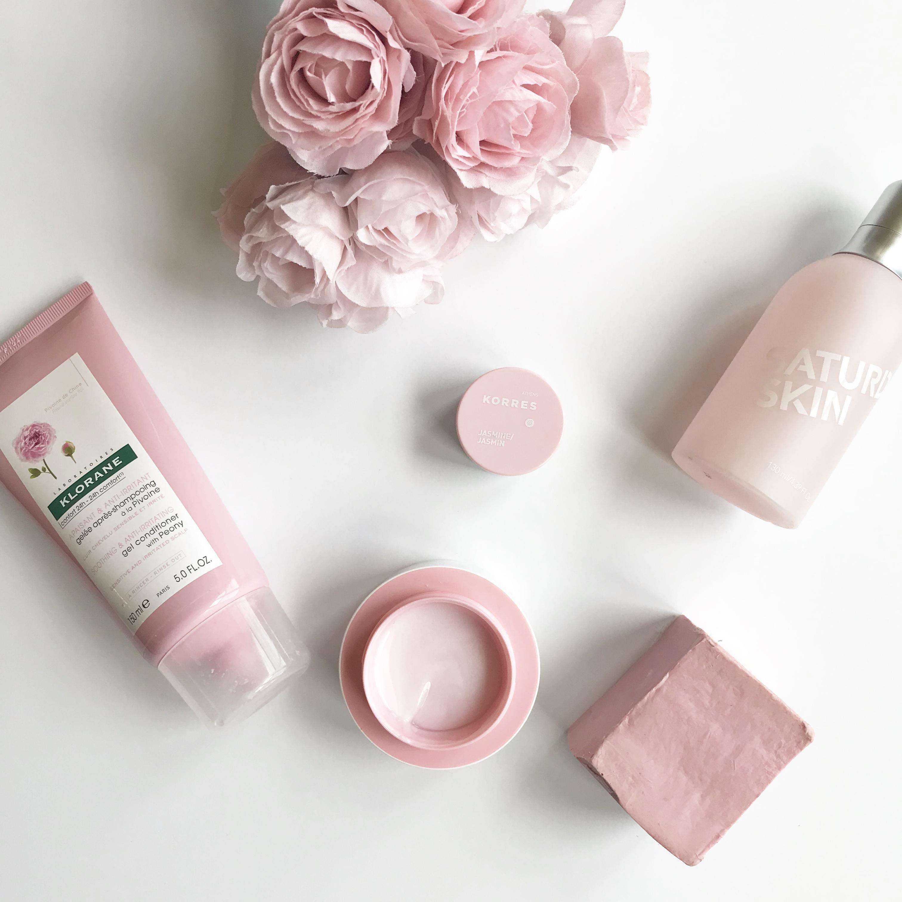 skincare jargon, skincare terms, natural skincare, organic skincare, beauty flat lay, flat lay, mens skincare, anti aging skincare, natural cosmetics, organic cosmetics,